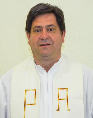 Pe. Carlos Roberto Vicente