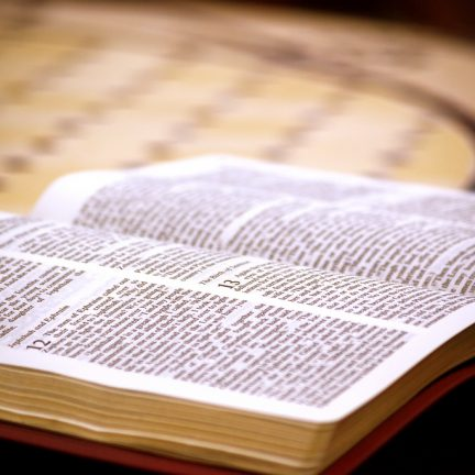 O desafio de tornar a Bíblia mais presente
