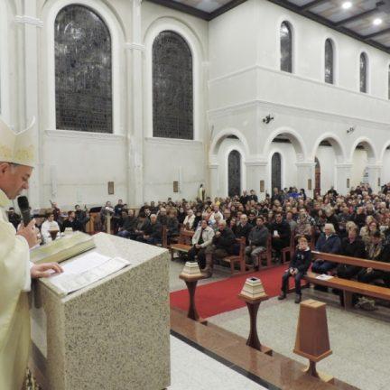 """""""Chego como o menor. Quero aprender com vocês"""". Dom Carlos toma posse como bispo coadjutor da Diocese de Montenegro"""