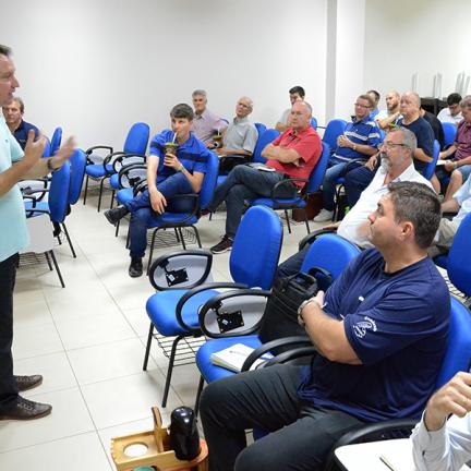 Diocese: Clero participa de formação sobre Iniciação à Vida Cristã