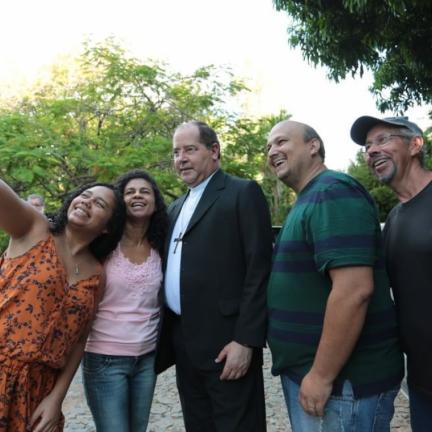 Dom Walmor Oliveira: Semana Nacional da Família