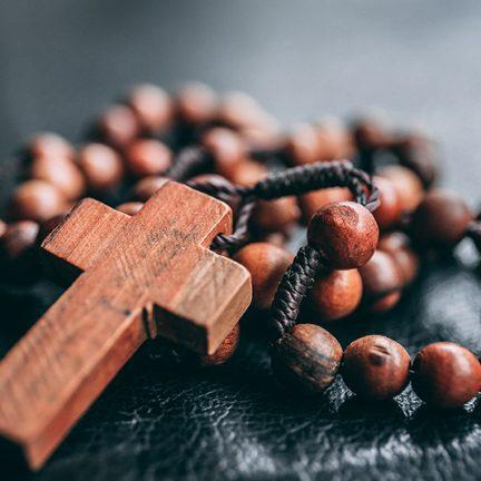 Artigo: Será que morreu o religioso?