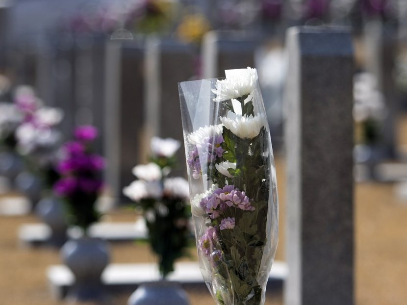 national-cemetery-3991441_1280