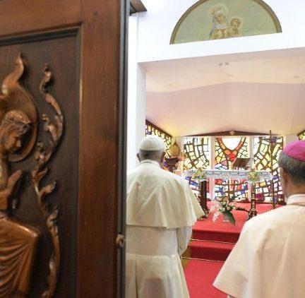 Viagem Apostólica: O Papa Francisco chegou à Tailândia