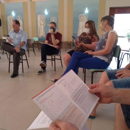 Tupandi: Lideranças fazem estudo das Diretrizes Diocesanas de Pastoral